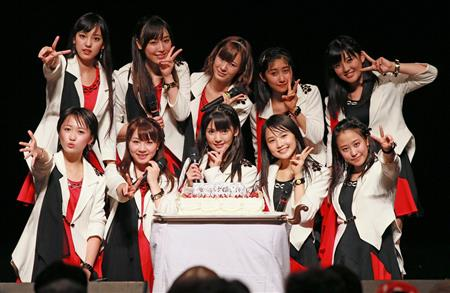 Morning Musume '14 celebrate their 17th anniversary