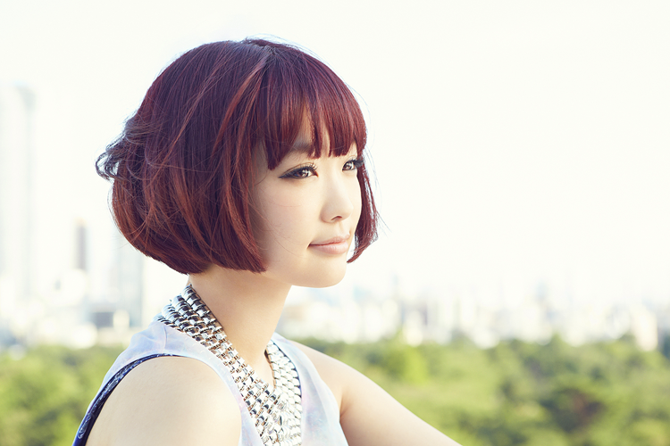 Previews for Yun*chi's upcoming single are now available