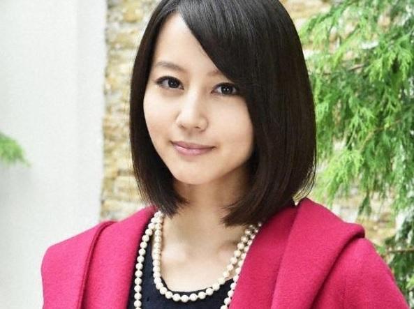 "Horikita Maki cuts hair, to play nurse in new drama ""Pure White"""