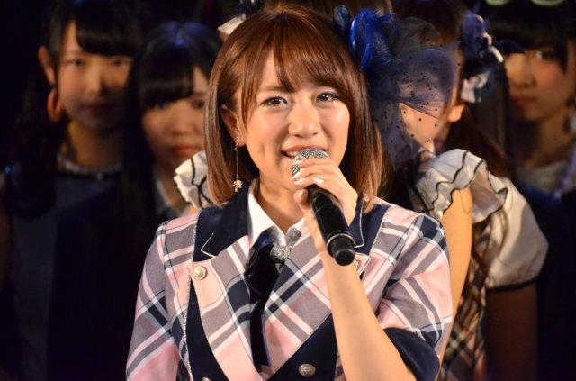 AKB48 General Manager Minami Takahashi announces 2015 graduation