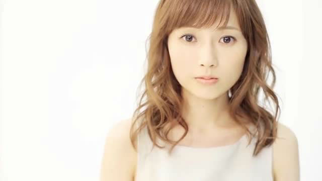 Natsumi Abe announces marriage