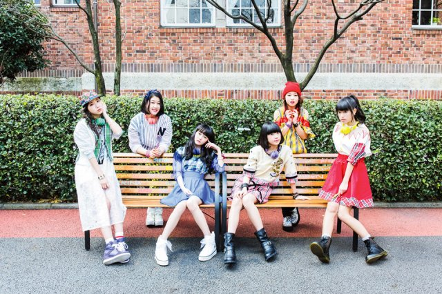 "Little Glee Monster release short video for ""Seishun Photograph"""
