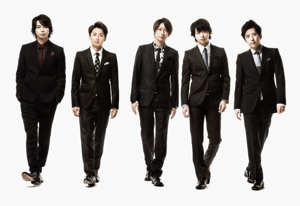 Woman arrested for scalping Arashi concert tickets and profiting 10 million yen