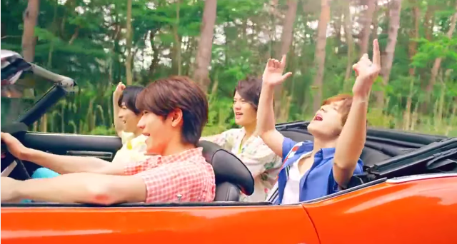 "Hey! Say! JUMP takes a summer trip in ""Kira Kira Hikare"" music video + Arena Tour"