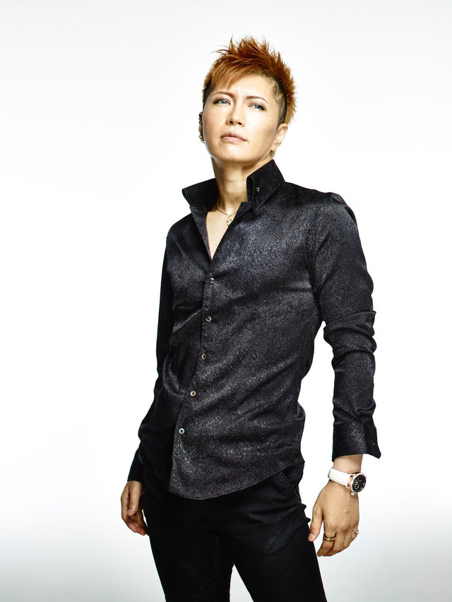 Gackt Shades Idol Groups Over CD Special Bonuses