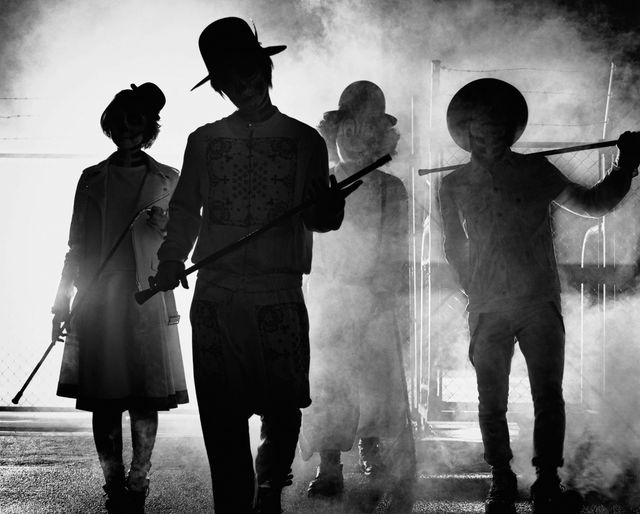 "SEKAI NO OWARI take us to dinner in Music Video for ""ANTI-HERO"""