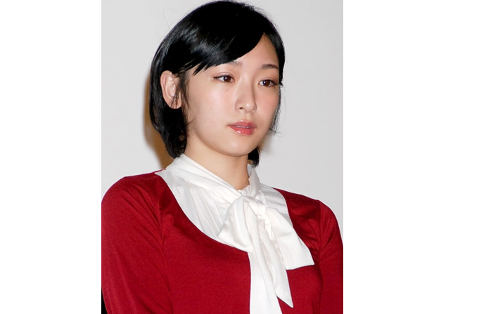 Former Morning Musume member Kago Ai announces her divorce