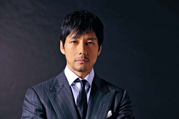 Nishijima Hidetoshi Tops Goo's Ranking for Male Celebrities with the Ideal Body Type