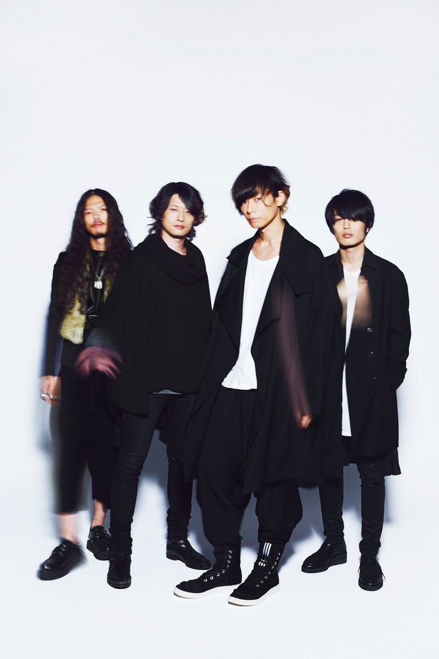 """[Alexandros] Releases Chaotic PV for """"Girl A"""""""