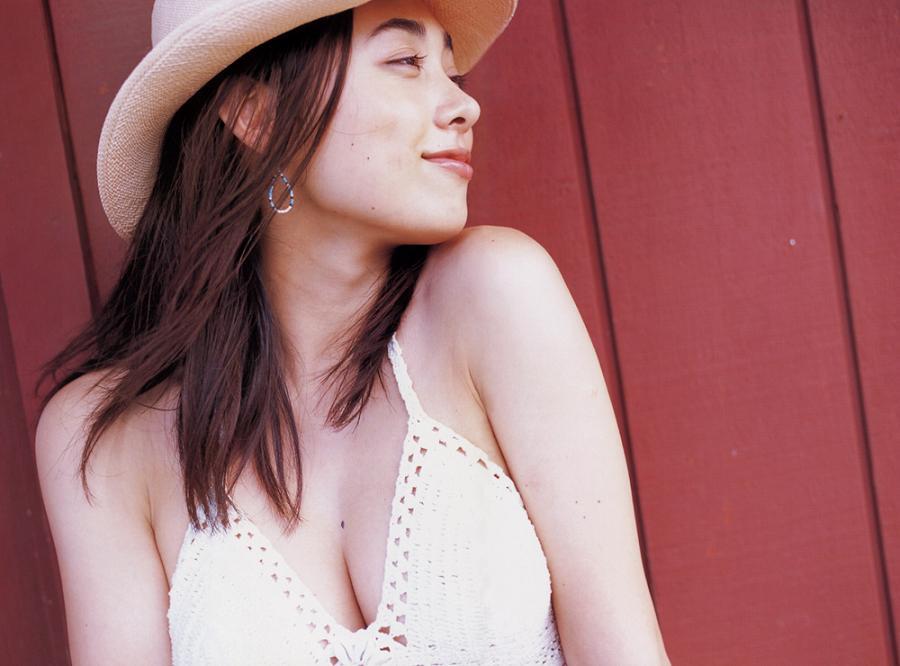 Fukiishi Kazue Tops Goo's Best Celebrity Breasts Ranking