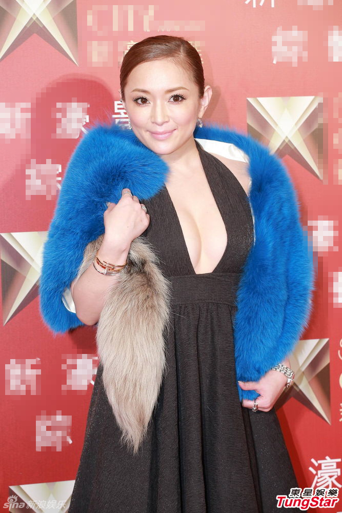 Ayumi Hamasaki Goes to Madonna Concert in Macau and Collaborates with La Perla