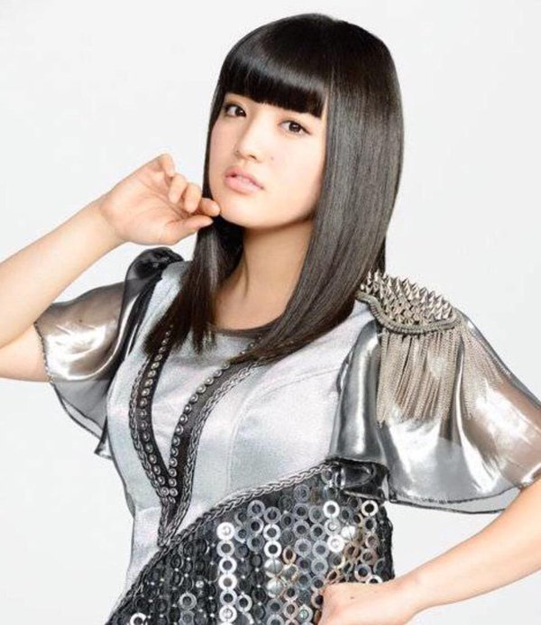 Kanon Suzuki is graduating from H!P & Morning Musume