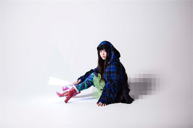 "Yakushimaru Etsuko to Release New Album ""Flying Tentacles"""