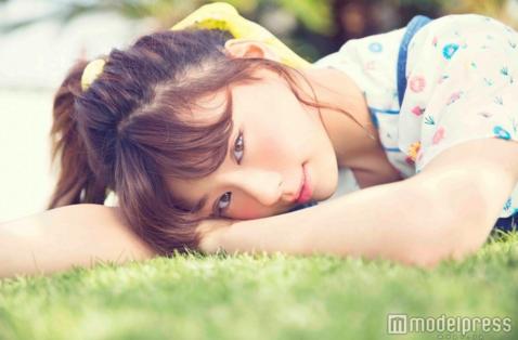 Mariya Nishiuchi to release a cutesy pop double-A side single on May