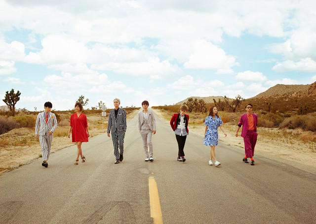 "AAA Dances in the Desert in ""NEW"" PV"