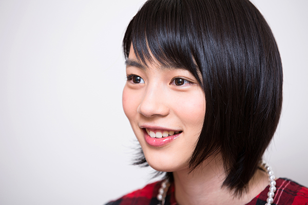 "Jejeje! Rena Nounen is changing stage name to ""Non""!"