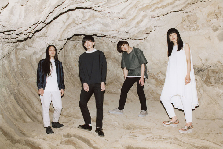 """Ame no Parade Keeps Things Simple with """"1969"""" PV"""