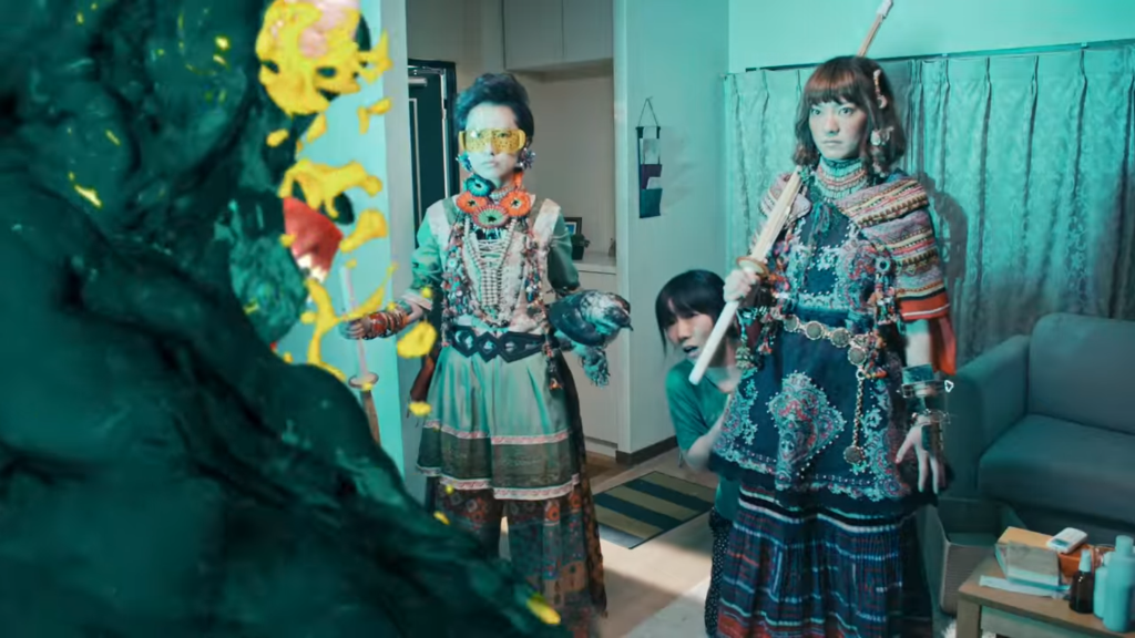 """Life never stops letting you down? Charisma.com comes to the rescue in """"Moya Moyashite"""" MV!"""