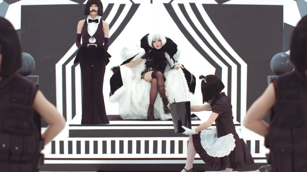 Digital Madness in REOL's PV for 'Give me a break Stop now'