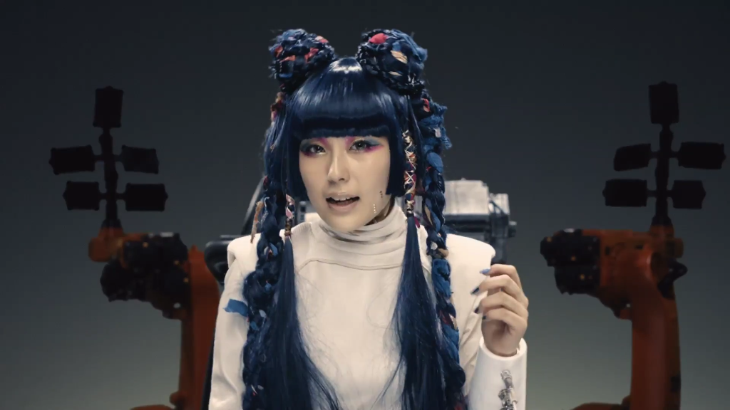 "Like it or hate it? Human or robot? Get both in DAOKO's new MV ""DAISUKI with TeddyLoid"""