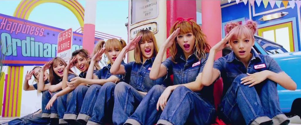 """Happiness show they're anything but ordinary in new PV """"Ordinary Girls"""""""