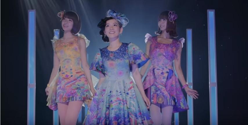 Under the Sea Fun with ShinoVani in their PV for 'Onnanoko ☆ Otokonoko'