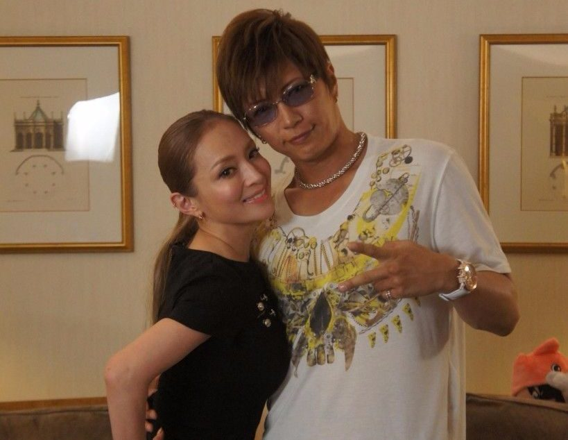 "GACKT to cover Ayumi Hamsaki's classic hit ""SEASONS"""