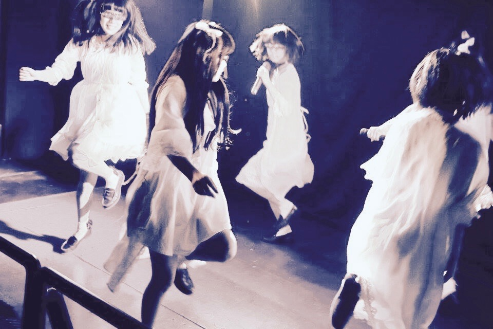 "Shoegaze Idol Group ""·········"" is an enigmatic project that may hide a deep meaning"