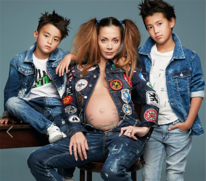 Anna Tsuchiya poses with her two sons for Vogue Taiwan