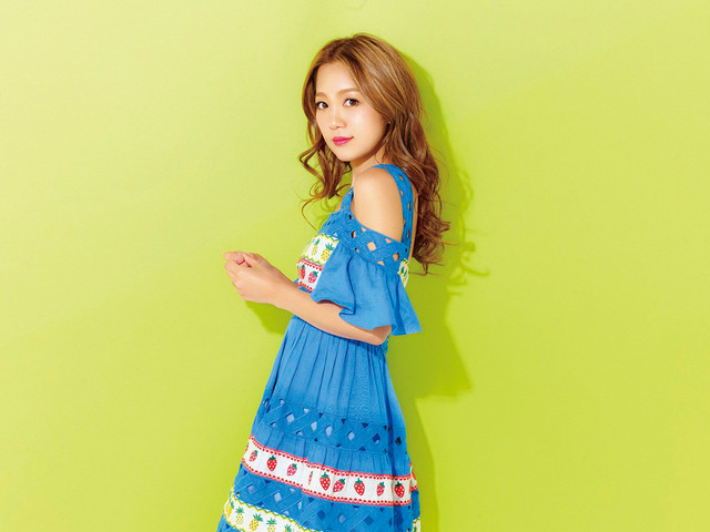 "Nishino Kana Dances Away Stress in ""Pa"" PV"