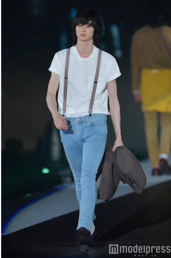 girlaward_jeans