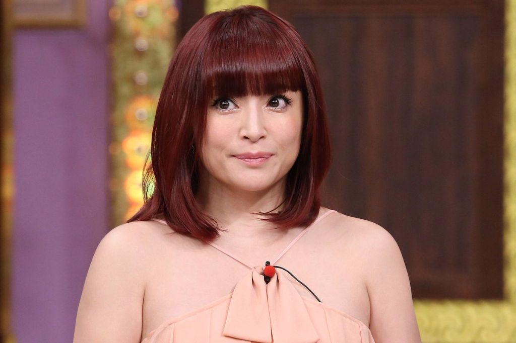 Ayumi Hamasaki Makes First Variety Appearance in 4 Years