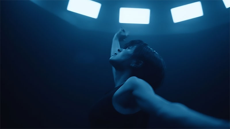 "Utada Hikaru Serves Contemporary Dance in Short ""Forevermore"" MV"