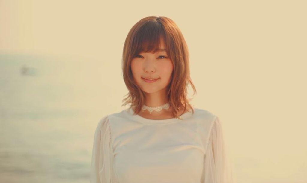 """Yun*chi recalls the sunflower season in """"HIMAWARI*"""" MV"""