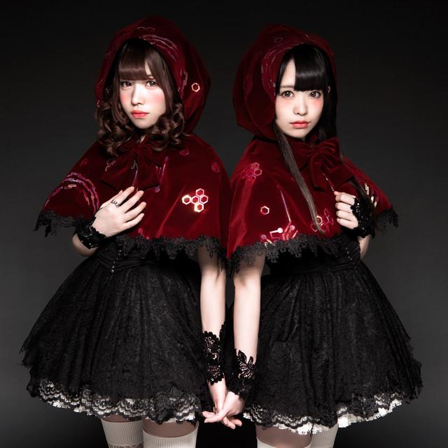 """AV idol duo """"Lolita Daydream"""" to debut in February"""