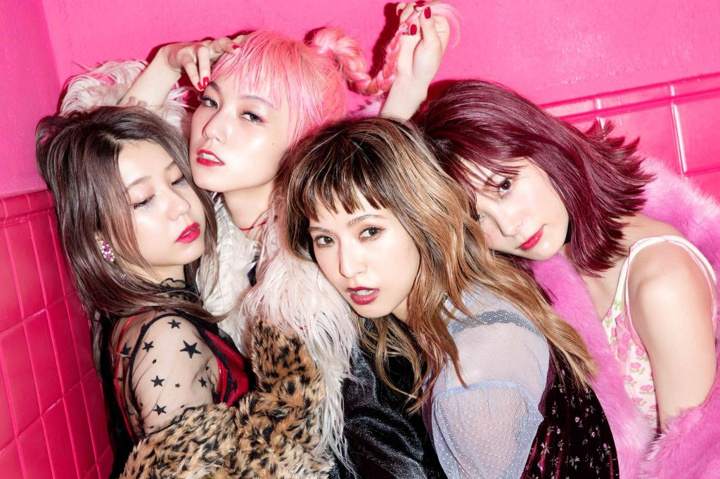 "SCANDAL's ""HONEY"" hits #1 in 9 charts across Europe!"