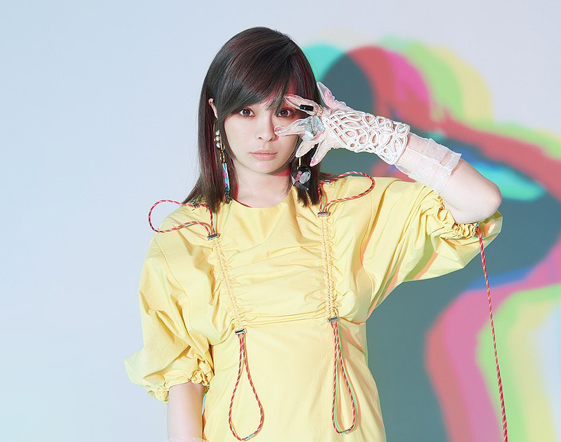 "Kyary Pamyu Pamyu Announces New Single ""Kimi no Mikata"" with Toned-Down Visual, New World Tour"