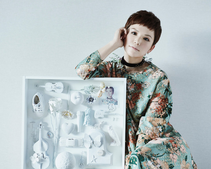 Superfly shows off short pixie cut in visuals for new single BLOOM