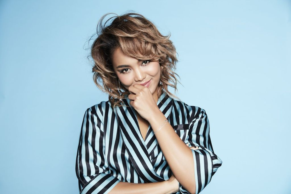 "Crystal Kay to release 12th studio album ""For You"""