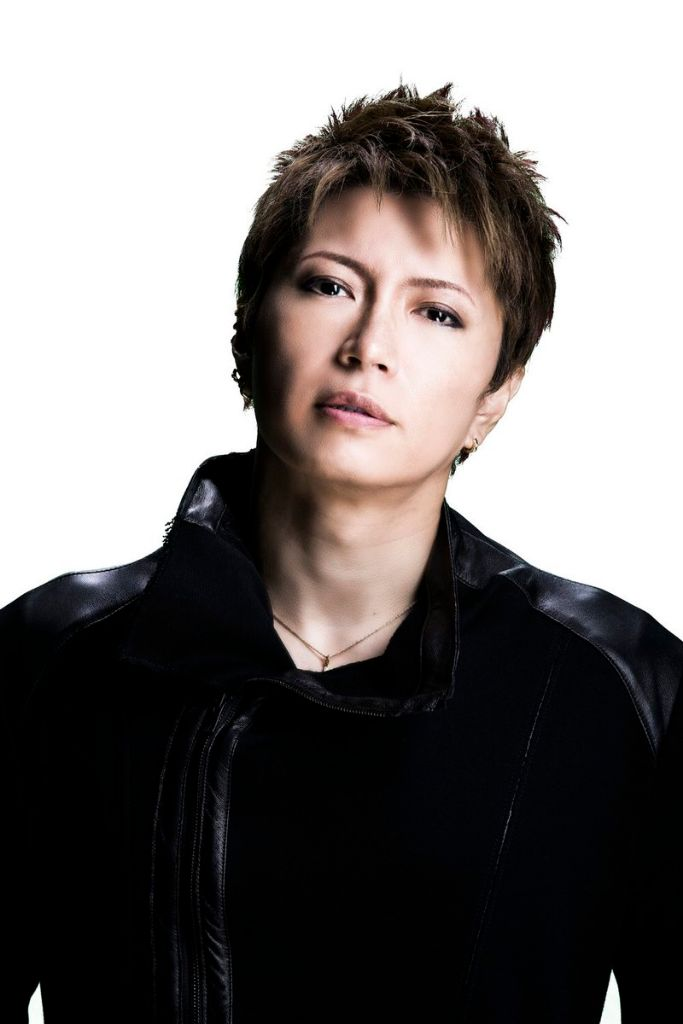 "GACKT to play a 18 year old high school student in live-action ""Tonde Saitama"""