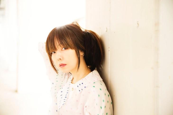 "aiko to release New Album ""Shimetta Natsu no Hajimari"" in June"