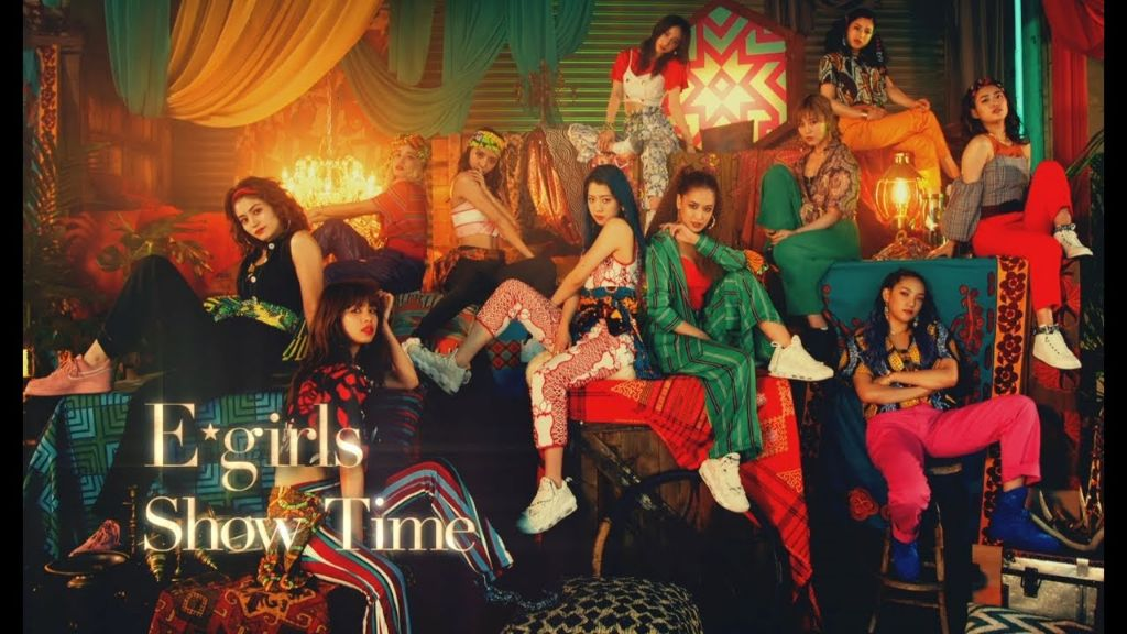 "E-girls have a dance party in ""Show Time"" MV"