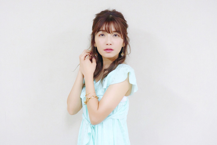 "Listen to a preview of Misako Uno's (AAA) new single ""Summer Mermaid"""