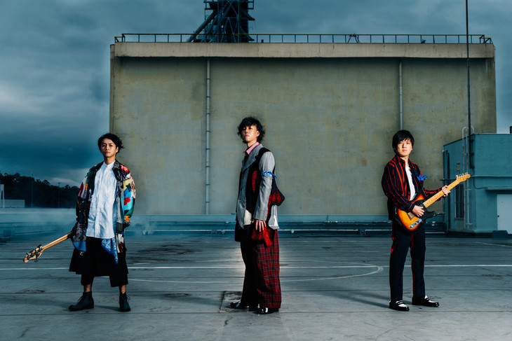 "RADWIMPS to release New Single ""Catharsist"" in June"