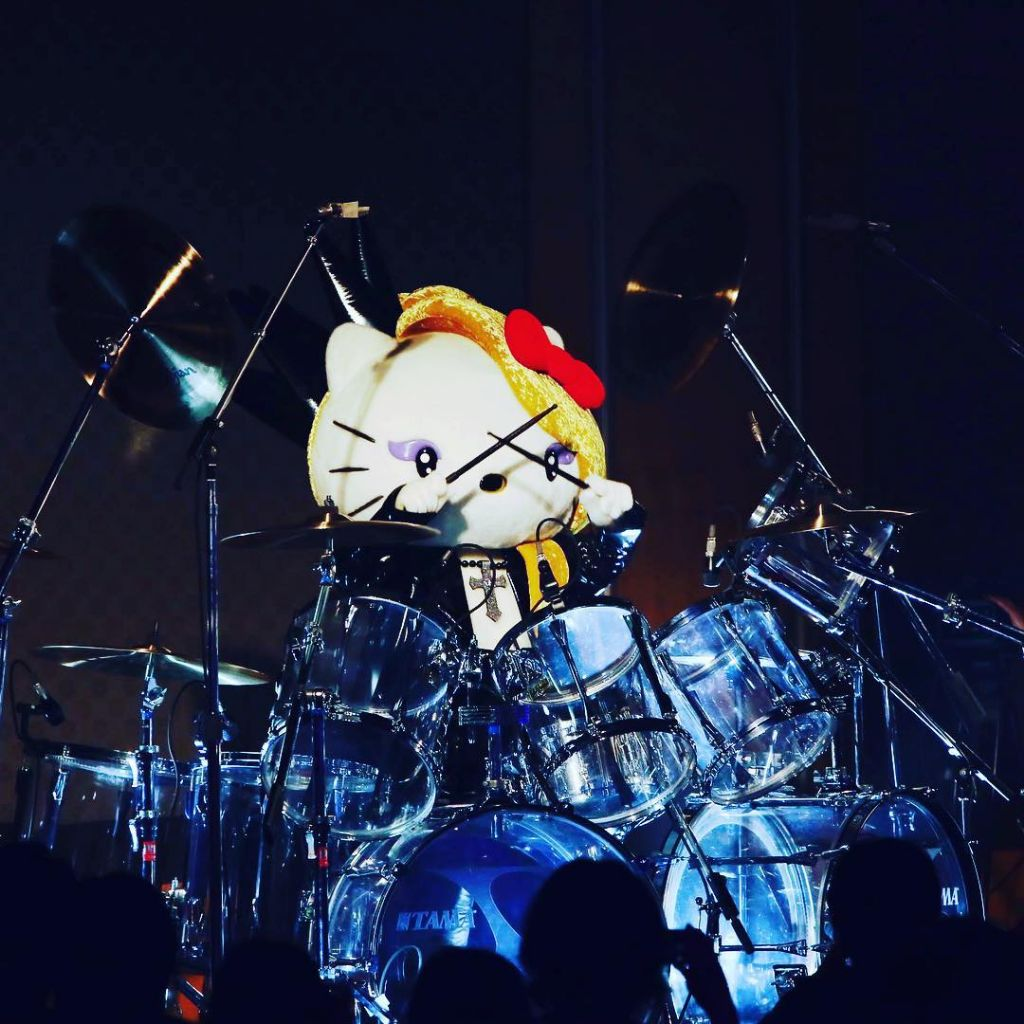 "YOSHIKI's ""Yoshikitty"" makes strong debut in annual Sanrio character ranking"