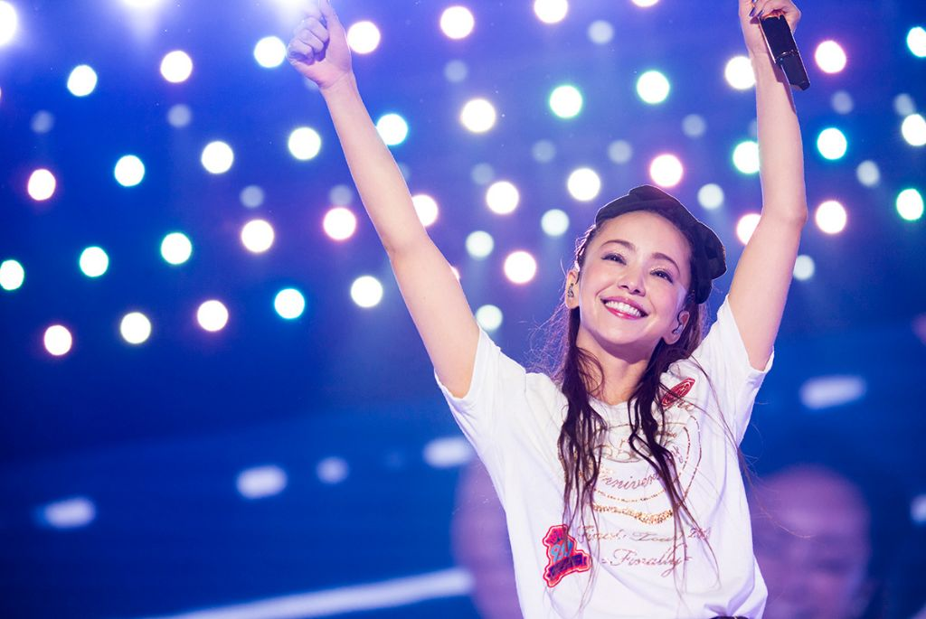 "Namie Amuro's ""Finally"" concert surpasses Arashi for highest selling music DVD/blu-ray, and it's not even out yet"