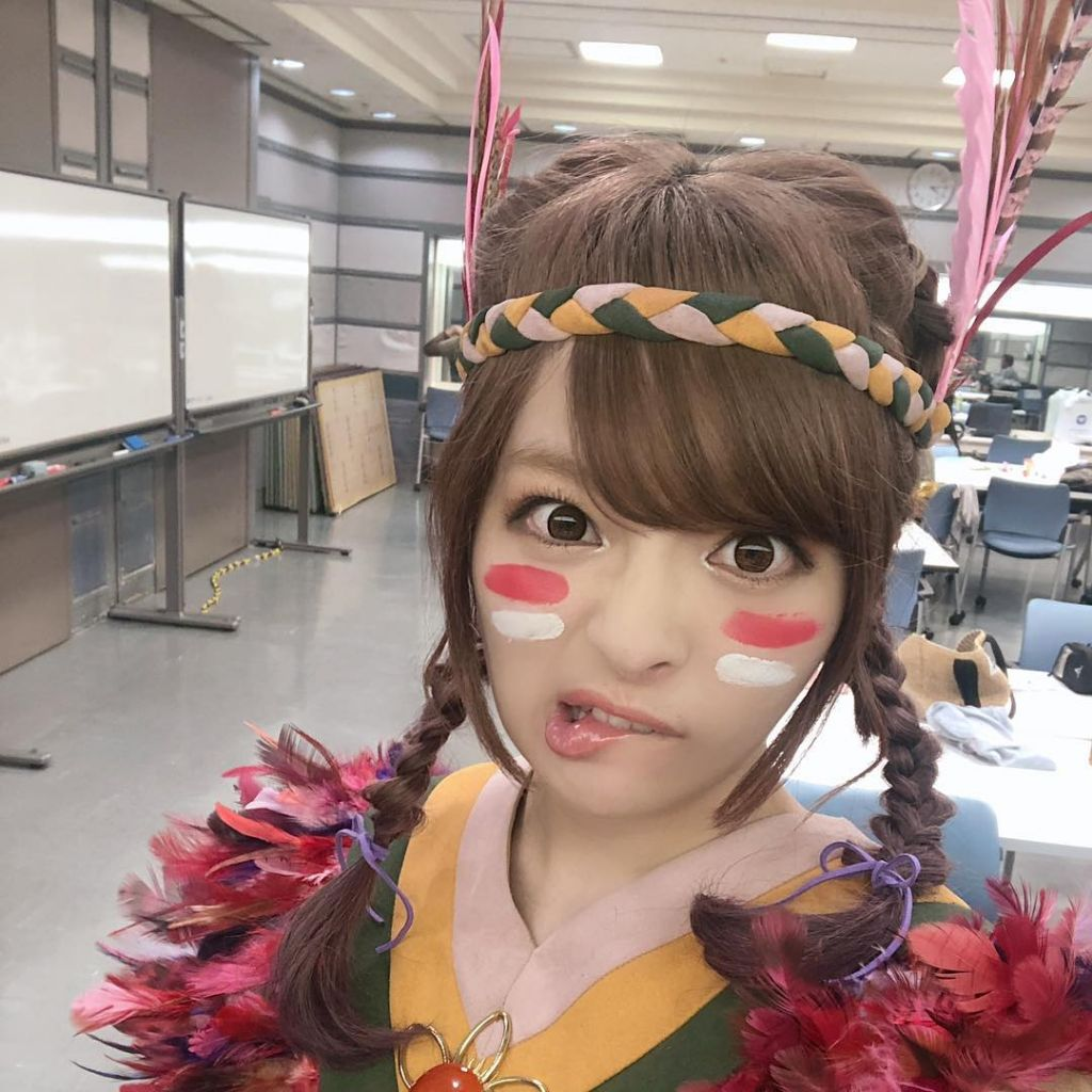 Kyary Pamyu Pamyu Wearing Native American Inspired Outfit Sparks Cultural Appropriation Conversation