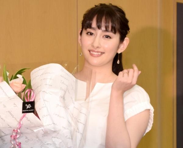 Former Momoiro Clover member Akari Hayami is married!
