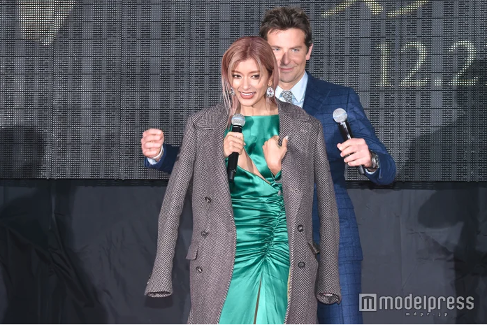 """Rola attends """"A Star Is Born"""" Japanese premiere"""