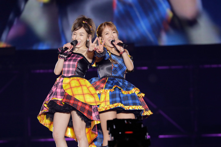 Ai Kago & Nozomi Tsuji return to the stage as W